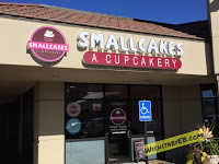 Smallcakes: A Cupcakery