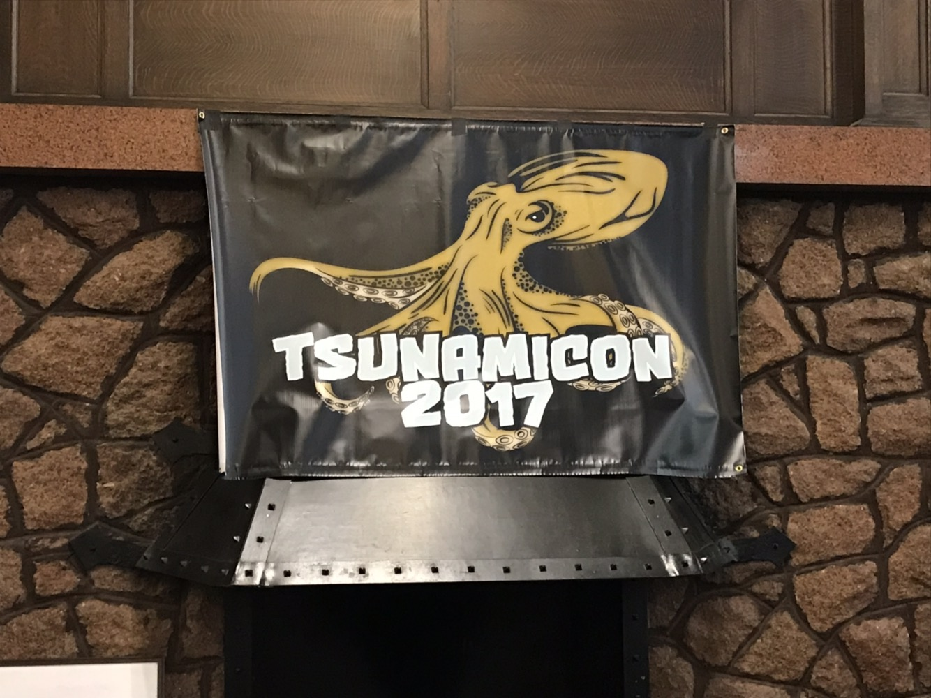 TsunamiCon