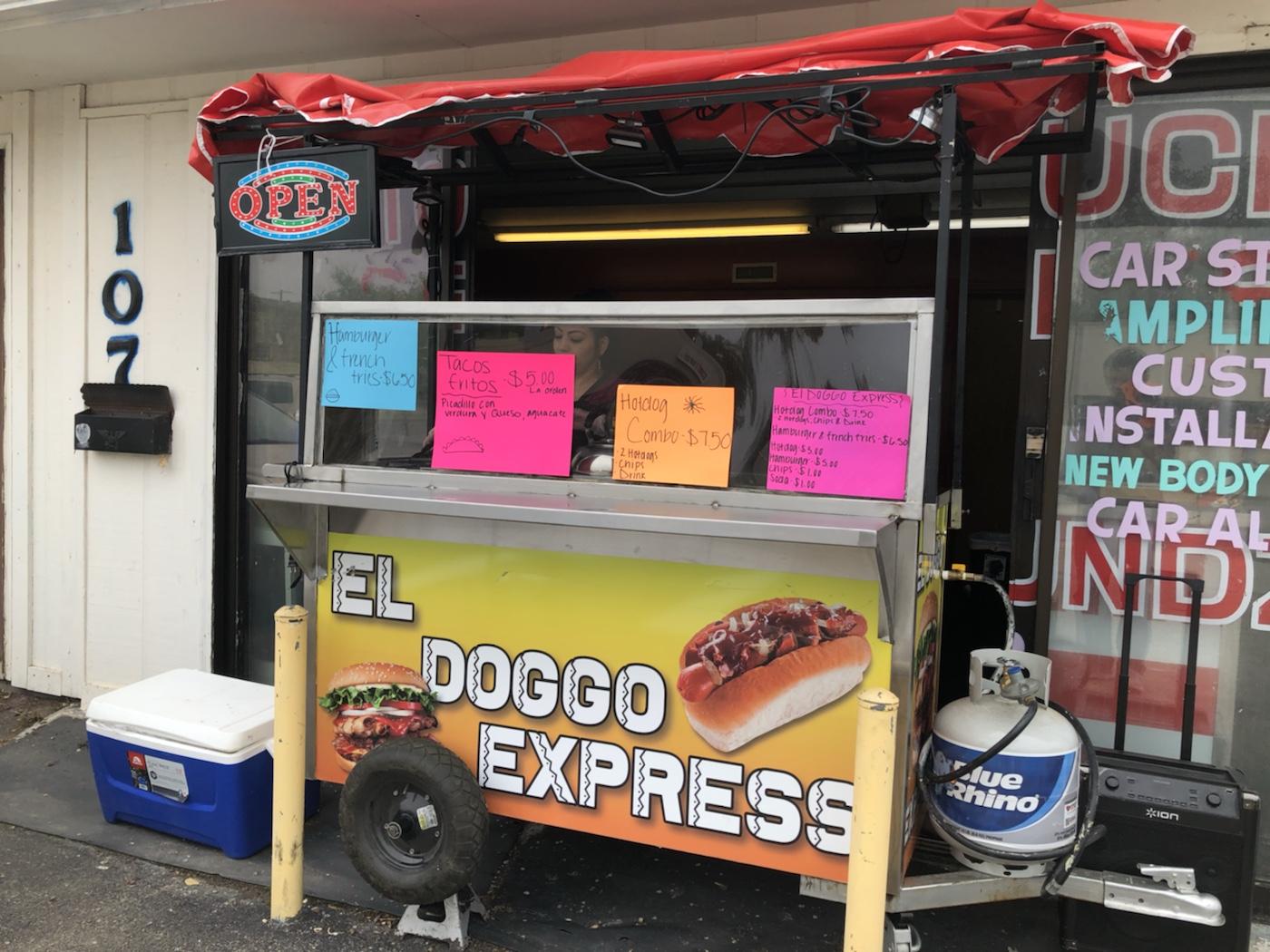 El Doggo Express