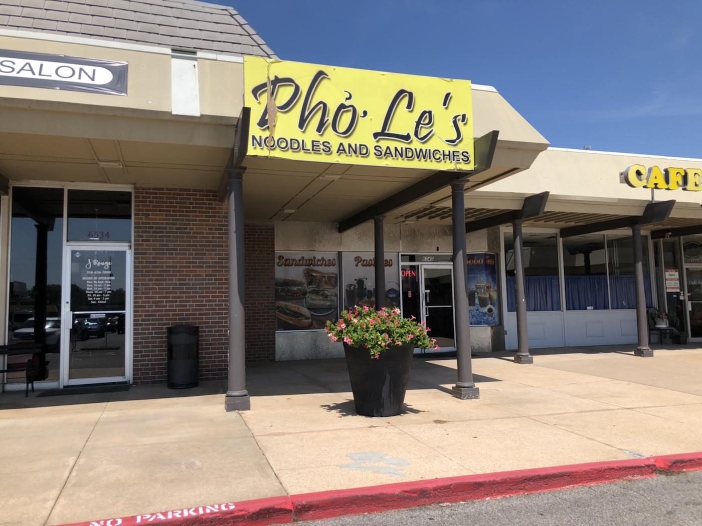 Pho Le's Noodles & Sandwiches
